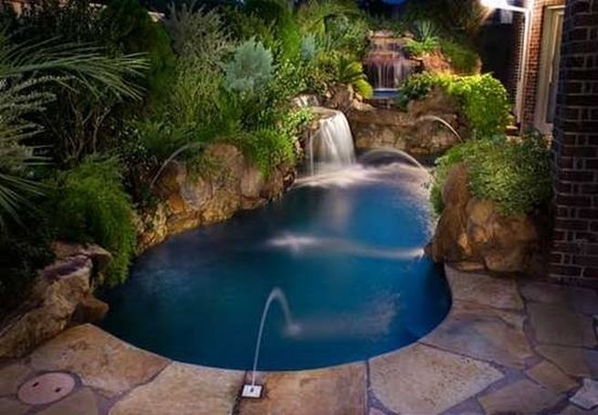 Small Pools And Spas For Backyards