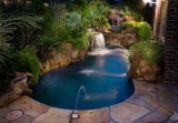 Small Pools and Spas for Small Backyards
